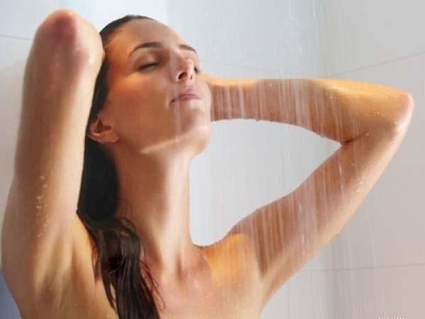 Sai lầm nghiêm trọng khi tắm vào mùa hè