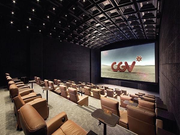 Hà Nội lọt top thành phố sang chảnh với rạp chiếu phim GOLD CLASS vừa nằm vừa xem