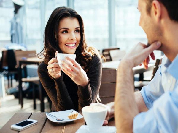 8 thói quen xấu mài mòn sức khỏe của dân văn phòng