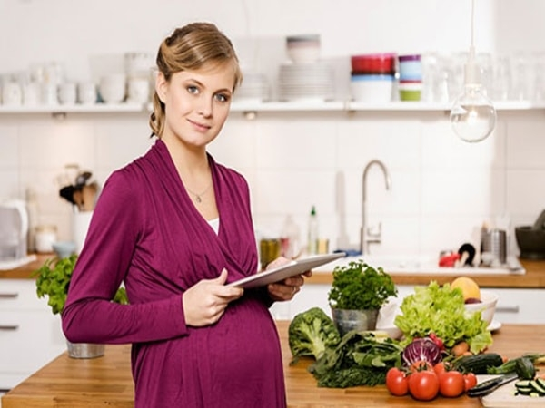 Những loại thực phẩm giúp mẹ bầu sinh tự nhiên dễ dàng
