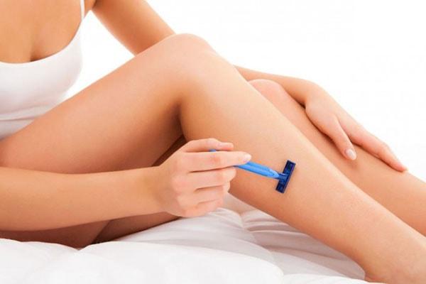 Giúp bạn chống lại viêm lỗ chân do dùng dao cạo quá nhiều