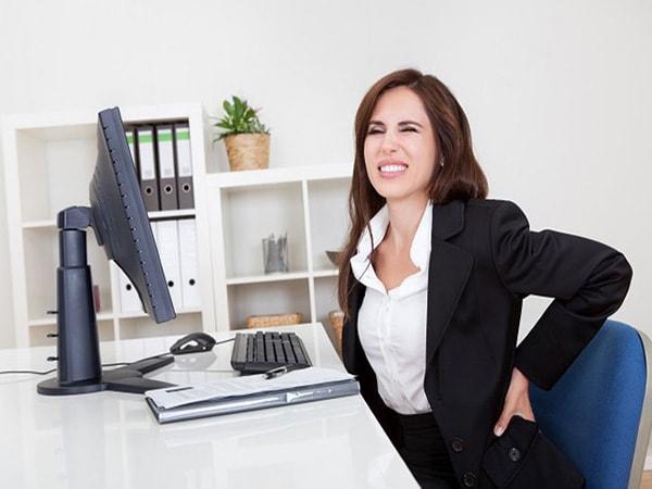 Bạn mắc những tật xấu nào của dân văn phòng?