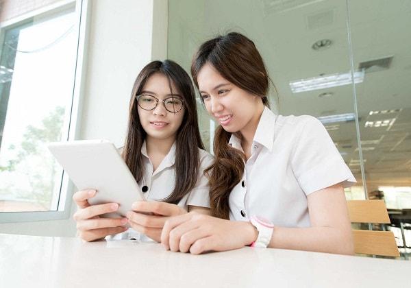 Gia sư là sinh viên năm nhất có những ưu điểm vượt trội