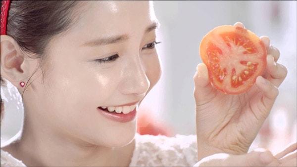 Mặt nạ cà chua nhanh chóng mà hiệu quả để trị nám cho bà bầu