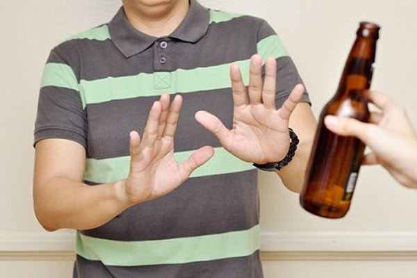 Hạn chế rượu bia và các chất kích thích