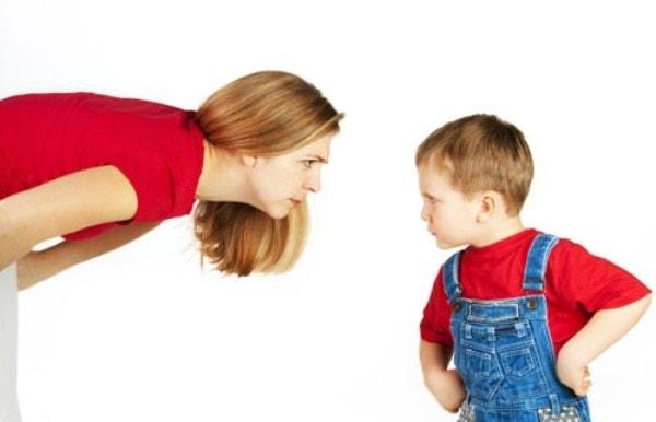 8 Bước giúp bạn uốn nắn hành vi xấu của con