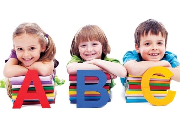 5 tiêu chí giúp bạn chọn trung tâm ngoại ngữ phù hợp cho con