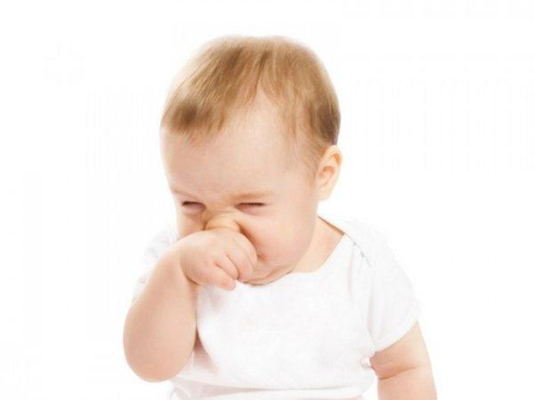 Mách mẹ 10 bí quyết xử trí khi trẻ sơ sinh bị ngạt mũi