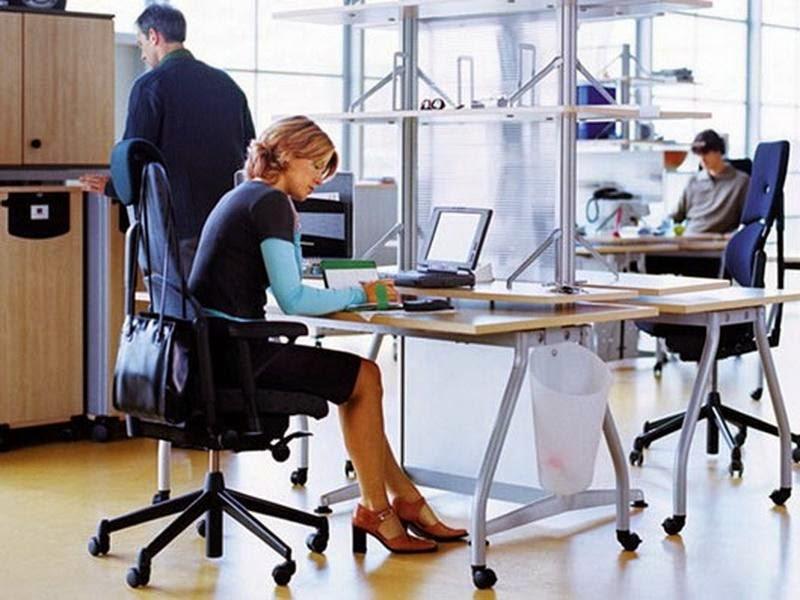 Một cái ghế văn phòng đa chức năng sẽ giúp ích cho công việc và sức khỏe cơ thể bạn