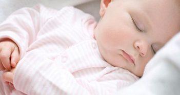 cách để trẻ sơ sinh ngủ sâu giấc
