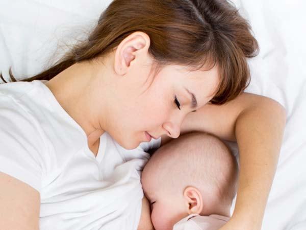 mẹo giúp trẻ sơ sinh hết vặn mình 1