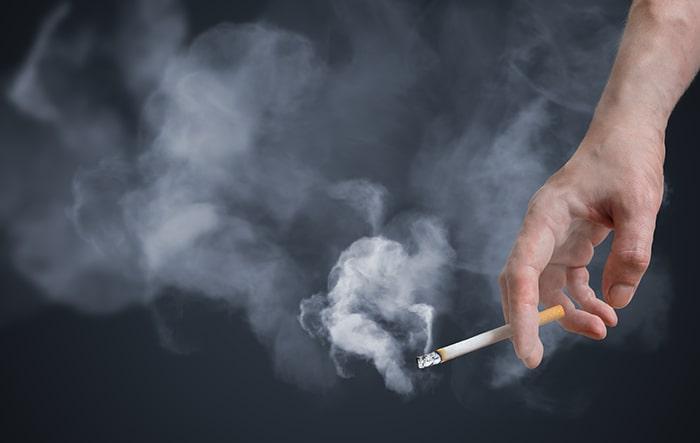 Hút thuốc lá là 1 trong những nguyên nhân chính dẫn đến ung thư gan