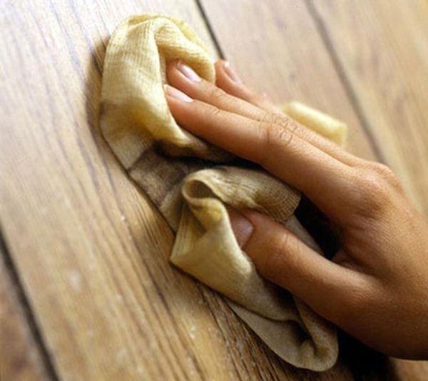 Lau thật sạch bằng vải mềm