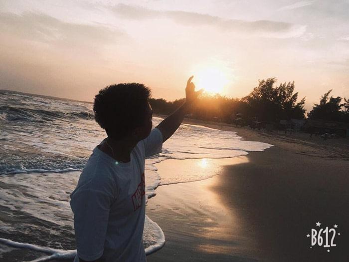 Hoàng hôn trên bãi biển Coco beach Camp