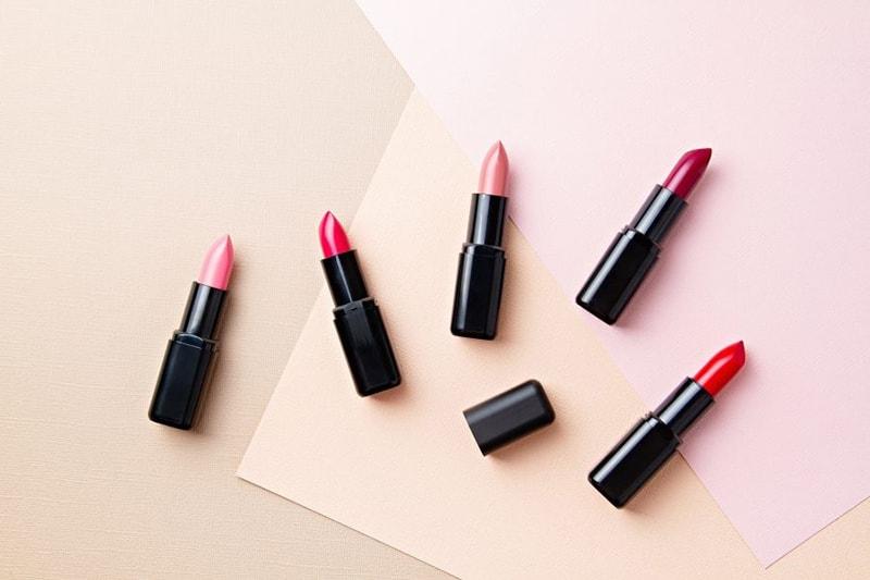 Son môi là món quà đi kèm ý nghĩa để tặng bạn gái ngày Valentine