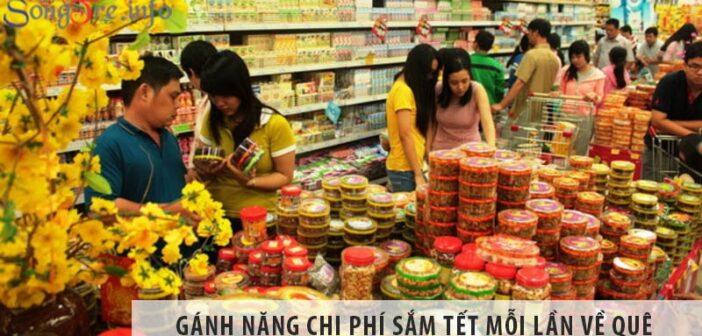 Gánh nặng chi phí sắm Tết của người Việt mỗi lần về quê